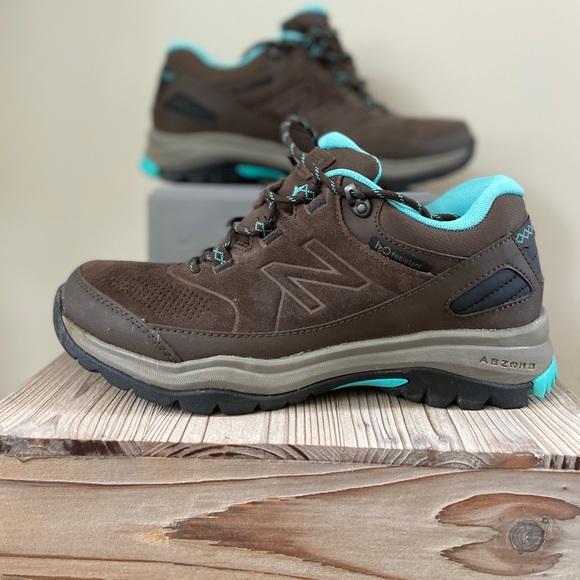 Women's New Balance 779 Trail Walking Shoes Sz 9